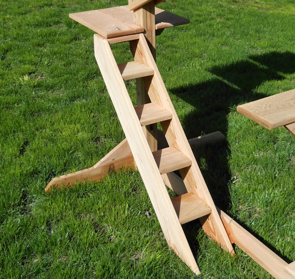 Outdoor Cedar Cat Jungle Gym From Touchstone Pet