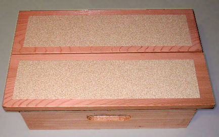 Grit strips on Cedar Pet Step